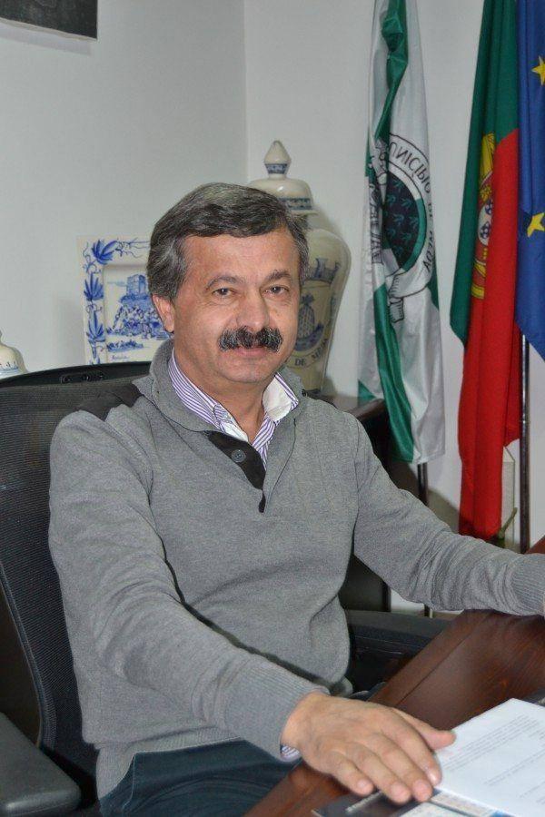 Prof. Anselmo Sousa